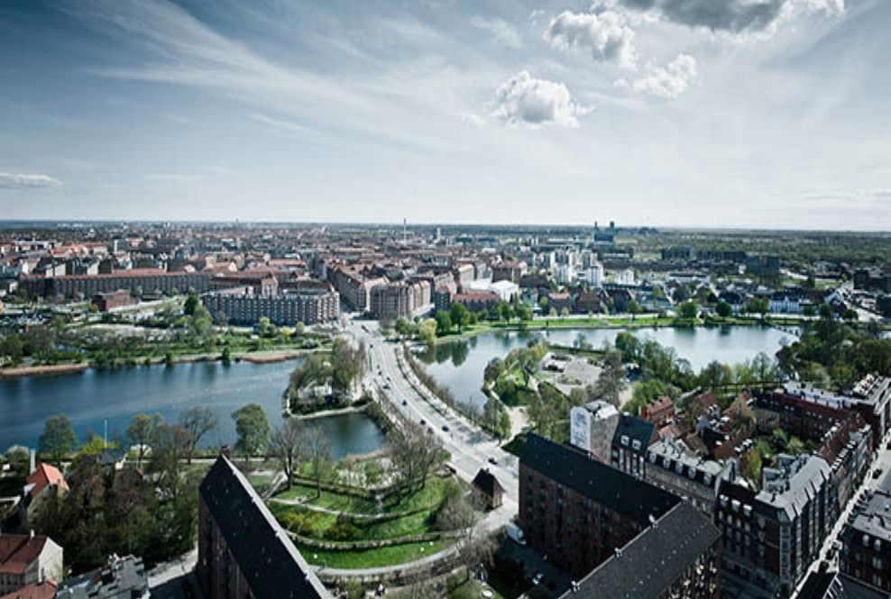 Luftfoto mod Amager fra Christianshavn